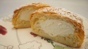 コストコ新作パン「クロワッサンシュー」リピート決定のおすすめパン。甘さ控えめがgood。