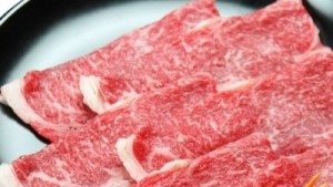 冷凍保存した肉を長期間美味しく食べる方法をご紹介